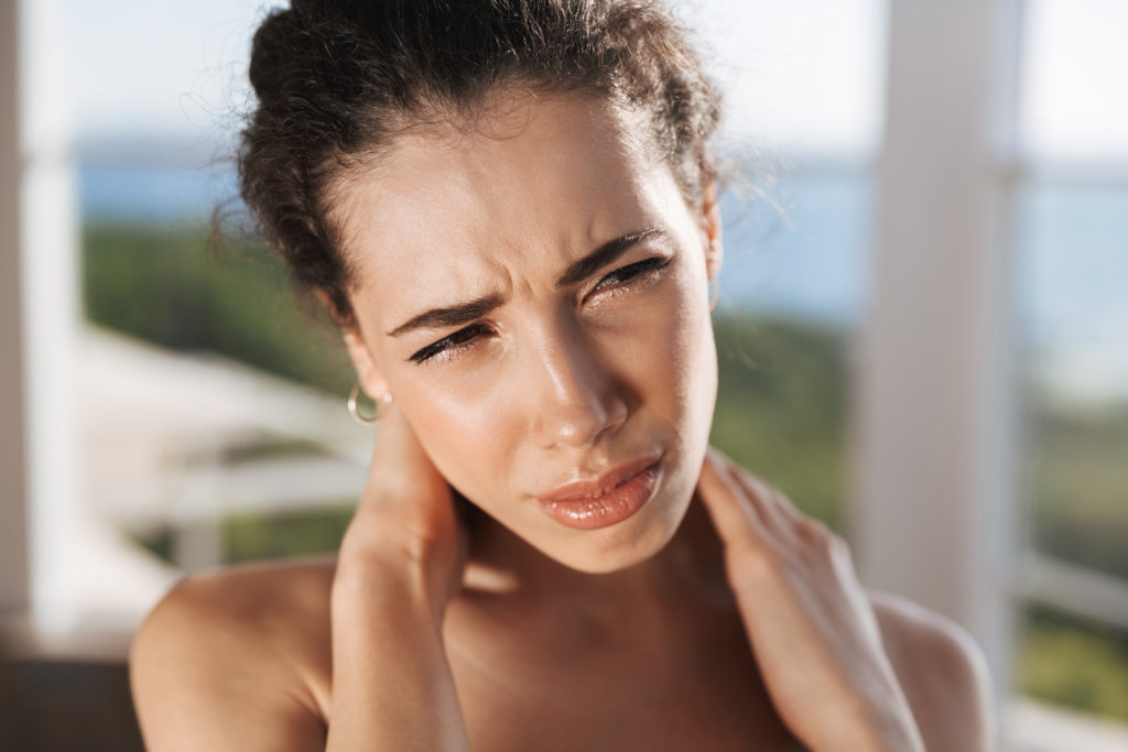 lady with neck pain
